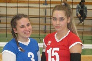 Radka Gombalová (vľavo) a Tamara Vetráková hrajú za MVK na poste liberky.