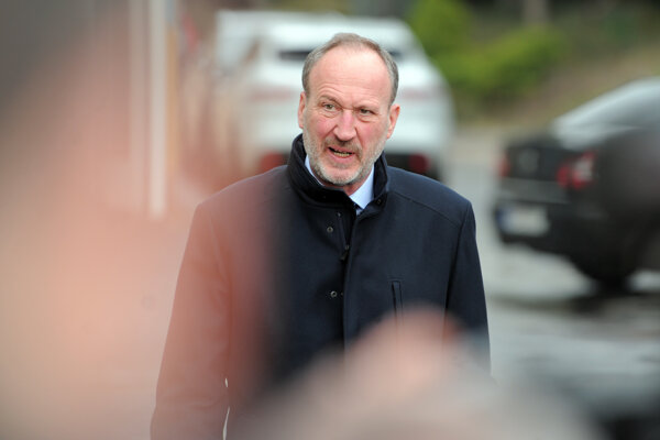 Advokát Peter Filip.
