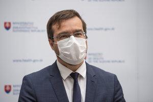 Na snímke minister zdravotníctva SR Marek Krajčí počas tlačového brífingu k darcovstvu krvi počas obdobia koronavírusu v Bratislave 30. marca 2020.