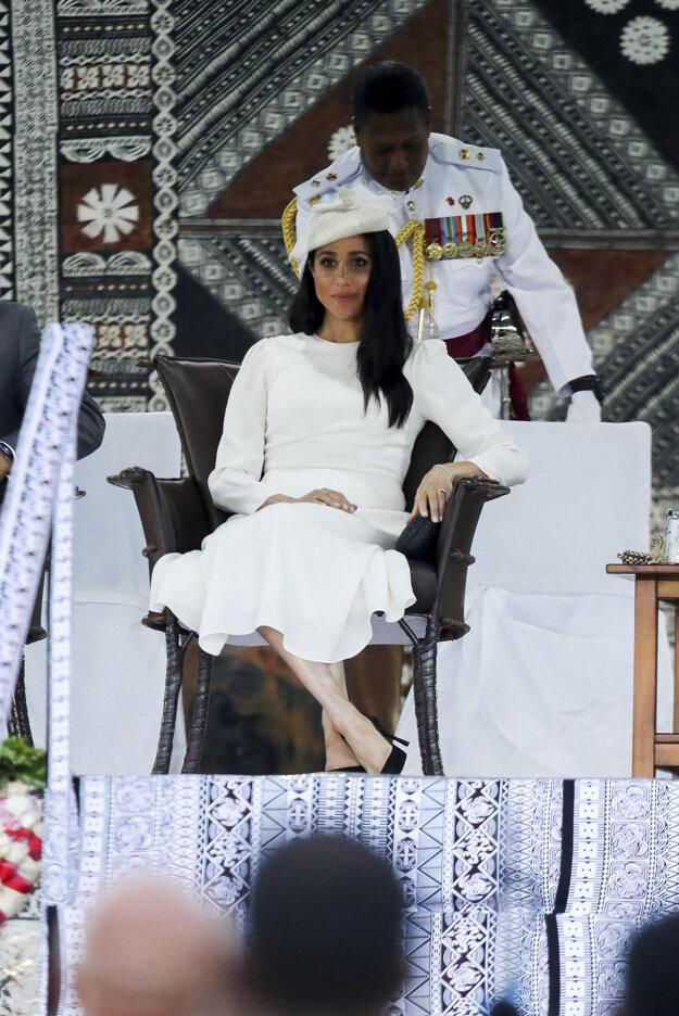 Meghan, vojvodkyňa zo Sussexu počas oficiálneho privítania v meste Suva na tichomorskom ostrovnom štáte Fidži.