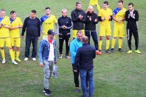 Počas jesenného zápasu Kováčovej so Zvolenom oceňovali dlhoročné opory Prameňa.