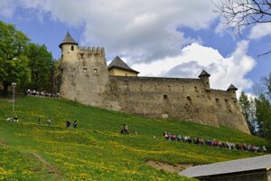 Vnútro Ľubovnianskeho hradu si záujemcovia môžu pozrieť vďaka virtuálnej prehliadke.