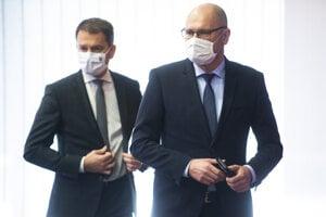 Prvý vicepremiér pre ekonomiku a minister hospodárstva SR Richard Sulík a predseda vlády SR Igor Matovič.
