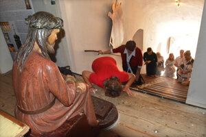 Sväté schody v košickom kalvárskom kostole skúmal tím odborníkov. Jeho zistenia sú významné.