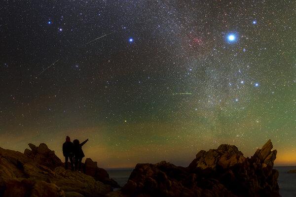 Na pozorovanie meteorického roja Lyridy budú tento rok veľmi dobré podmienky.