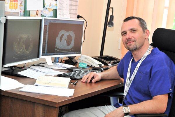Ivan Kocan, vedúci odboru liečebnopreventívnej starostlivosti a zástupca prednostu Kliniky pneumológie a ftizeológie Univerzitnej nemocnice Martin