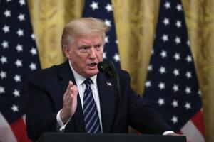Americký prezident Donald Trump na tlačovej konferencii.