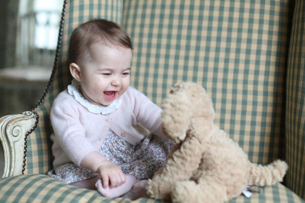 Fotografiu urobila jej matka Kate v novembri 2015.