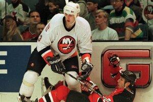 Zdeno Chára ešte v drese NY Islanders.
