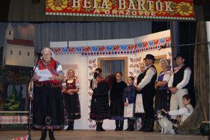 Živý obraz podľa dobovej fotografie v Dražovciach pri príležitosti stého výročia jej vzniku.