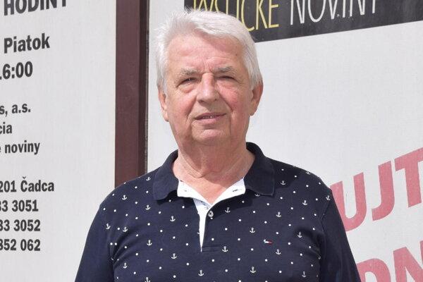 Peter Hlušek.