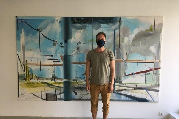 Peter Cvik na svojej výstave Tok/Flow.