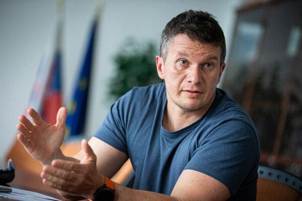 Riaditeľ NAKA Branislav Zurian.