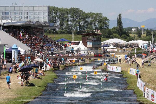 Vodáci stále čakajú na rozpis pretekov tohtoročnej posunutej sezóny.