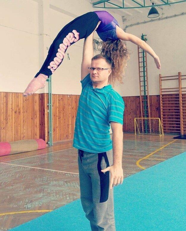 Podľa Ľuboša Ďurčanského je športová gymnastika na súťažnej úrovni náročným športom.