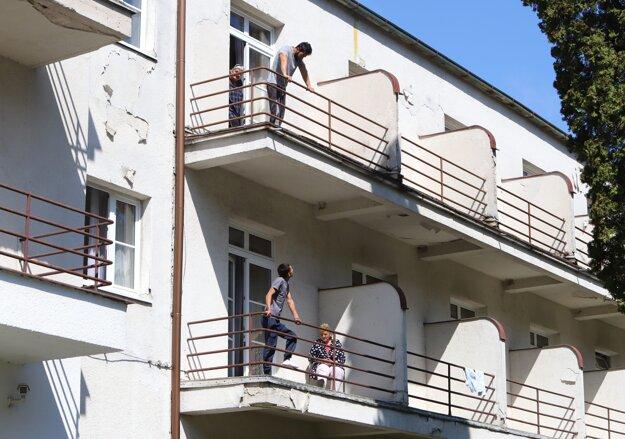Kúpeľný hotel Palace na Sliači bol od 1. mája v zmysle nariadenia vlády karanténnym centrom pre repatriantov. Všetci však už odišli a po uvoľnení opatrení proti šíreniu koronavírusu budú môcť kúpele opäť privítať hostí.