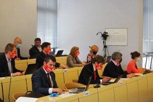 Prešovskí poslanci na májovom zasadnutí.