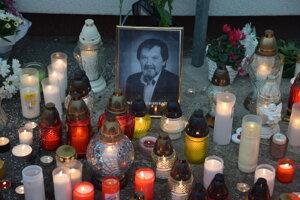 Po útoku 22-ročného Martinčana zahynul zástupca riaditeľa školy.