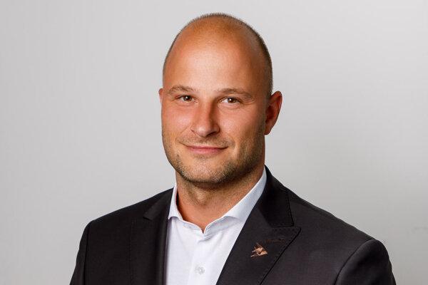 Štefan Fajnor, riaditeľ pre neživotné poistenie v sprostredkovateľskej spoločnosti FinGO.sk