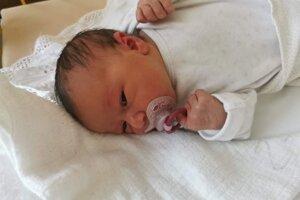 Eliška Rýdziová (3100 g, 49 cm) sa narodila 20. apríla Silvii a Jozefovi z Bánoviec nad Bebravou.