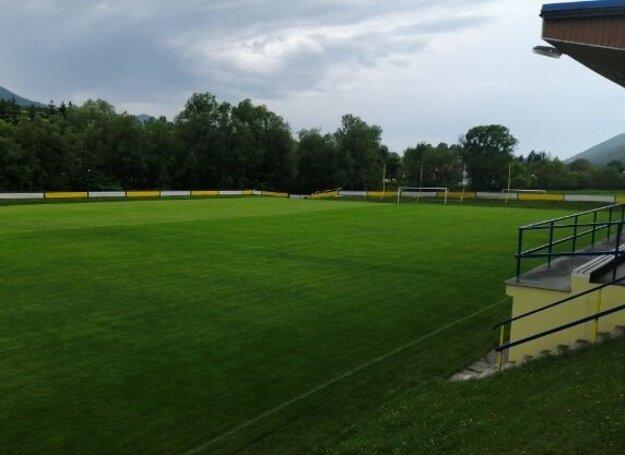 Futbalové ihrisko v Belej prešlo počas nútenej pauzy revitalizáciou.