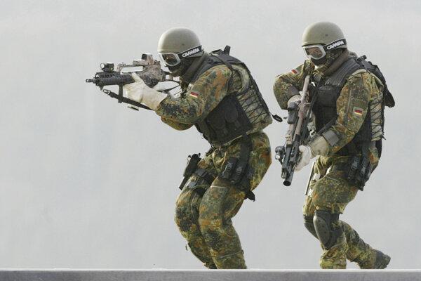 Vojaci Komanda špeciálnych síl.