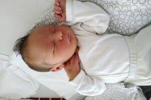 Jakub Talian (3900 g, 52 cm) sa narodil 3. júna Lucke a Martinovi z Beckova.