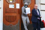 Norbert Bödör odchádza zo Špecializovaneho trestného súdu na slobodu, v Banskej Bystrici v nedeľu 5. júla 2020.