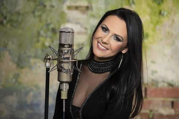 Speváčka Janka Čonková.