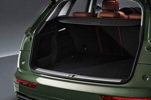 Kufor Audi Q5 má naďalej objem 550 litrov.