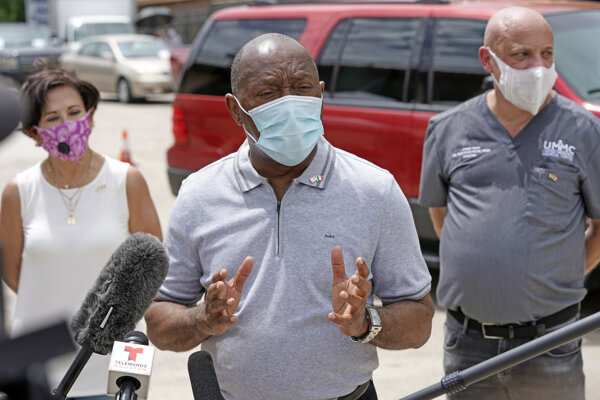 Houston zrušil zjazd republikánov v Texase, starosta čelí kritike