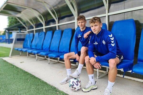 Dvojičky Filip a Jakub Buchelovci