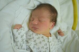 Alexander Zachar (3660 g, 51 cm) sa narodil 5. júla Martine a Andrejovi z Ilavy.