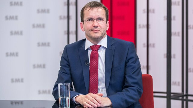 Poslanec NR SR Radovan Kazda v relácii Rozhovory ZKH.