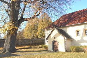 Evanjelický kostol v Jabloňovciach.