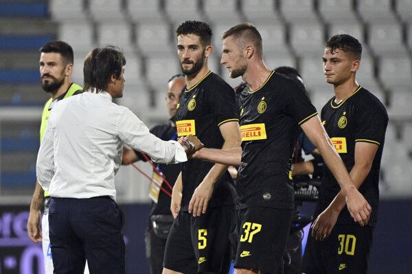 Antonio Conte a Milan Škriniar.