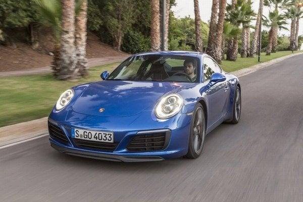 Porsche 911, najspoľahlivejšie prémiové športové auto v strednej triede podľa agentúry J.D. Power.