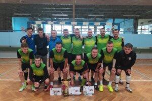 Víťazné mužstvo FC Debakel.