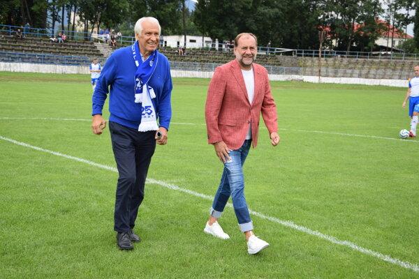Dušan Galis a Vladimír Weiss sa postarali o slávnostný výkop.