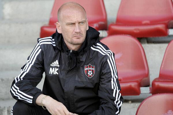 Miroslav Karhan na lavičke FC Komárno ako tréner.