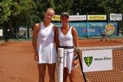 Salma Drugdová (vpravo) s Annou Karolínou Schmiedlovou.