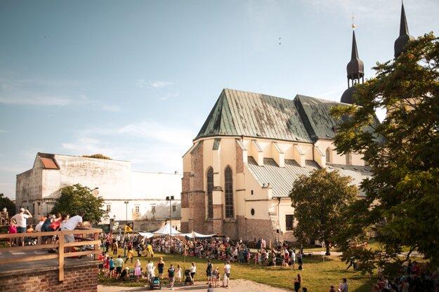 Stredovek pod hradbami - nefalšovaná atmosféra stredovekého života, Trnava
