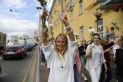 Bieloruské ženy sa postavili diktátorovi.