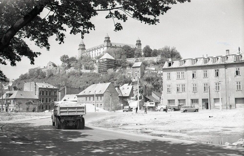 Most mal urýchliť a sprehľadniť dopravu zo Starého Mesta do Petržalky.