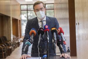 Minister zdravotníctva SR Marek Krajčí  (OĽaNO) na brífingu s novinármi pred 34. schôdzou vlády SR 26. augusta 2020.
