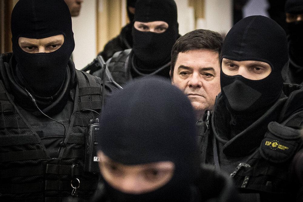 13. január 2020. Marian Kočner v sprievode eskorty.