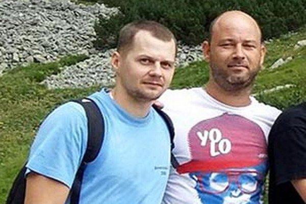 Trénerom volejbalistiek UKF sa stal Ladislav Popeláš (vpravo). Vľavo je jeho asistent Lukáš Lanča.