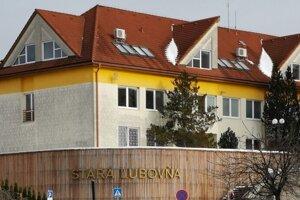V Starej Ľubovni uzatvorili dve školy a jedno sociálne zariadenie pre Covid-19.