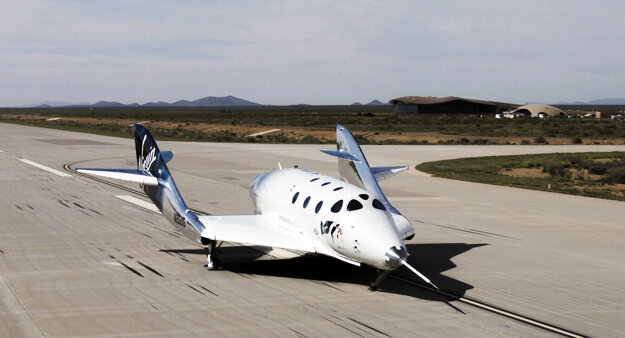 Vesmírne lietadlo SpaceShipTwo od spoločnosti Virgin Galactic.