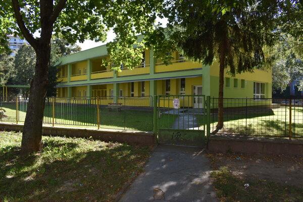 Materskú školu Dargovských hrdinov zatvorili pre koronavírus.